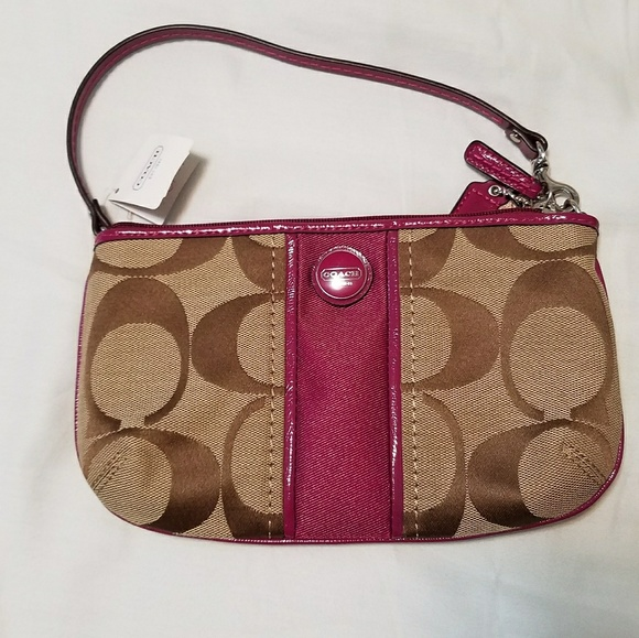 Coach Handbags - BNWT Authentic Coach Wristlet